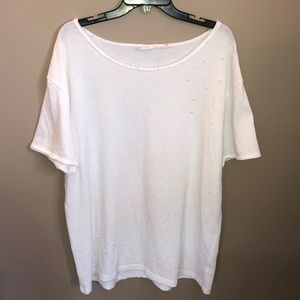 💖3/$10 Anthropologie white distressed T-shirt